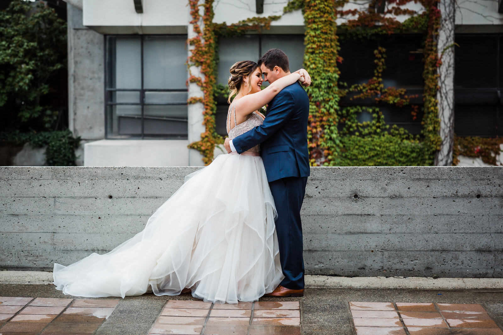 Outdoor Vancouver Wedding