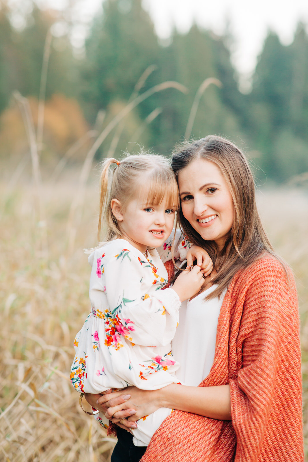 mother and daughter portraits, West Coast family photographer, Derby Reach Park