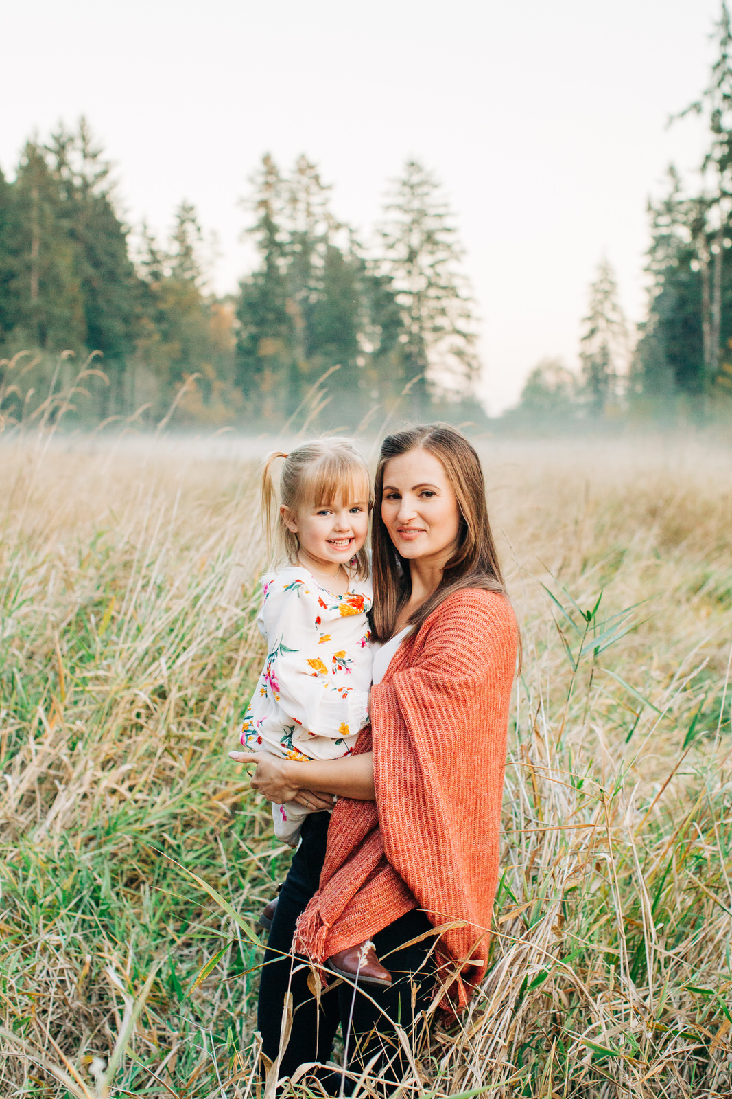 Fraser Valley family photographer, Derby Reach Park, Michele Mateus Photography